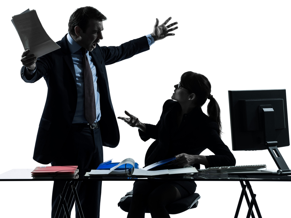 employee conflicts in all great companies essay Description and examples of conflicts of interest financial and fiduciary interests, outside activities such as consulting, gifts, and other types of interactions with industry all have the potential to create real or perceived conflicts of interest or commitment with one's patient care, research, teaching, or other responsibilities at partners.